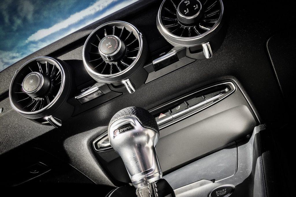 Ha manuális váltós autóval vizsgáztál, de a jövőben automata váltós autót szeretnél vezetni.